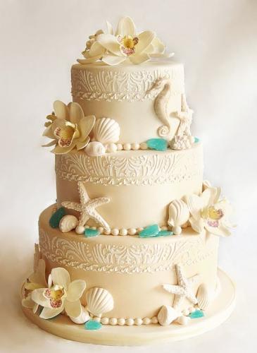 01-morskoj-svadebnyj-tort