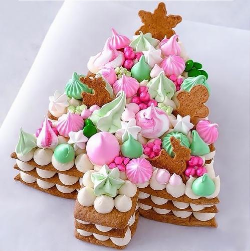 03-tort-na-novyj-god-elochka