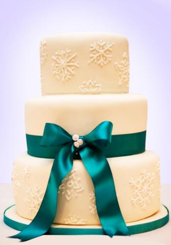 03-zimnij-svadebnyj-tort