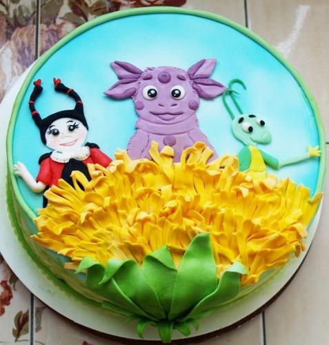 06-detskiy-tort-luntik
