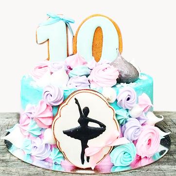 06-detskiy-tort-na-10-let-devochke