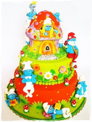 07-detskiy-tort-smurfiki