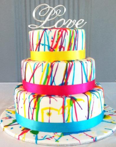 08-zakazat'-svadebnyj-tort