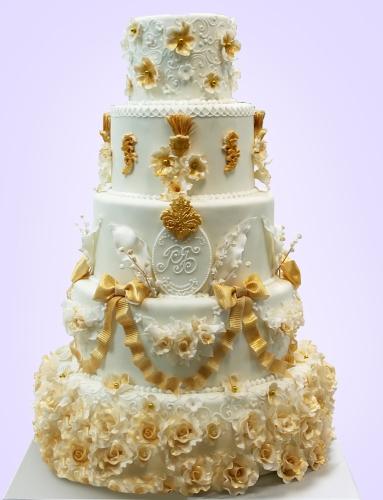09-ehksklyuzivnyj-svadebnyj-tort