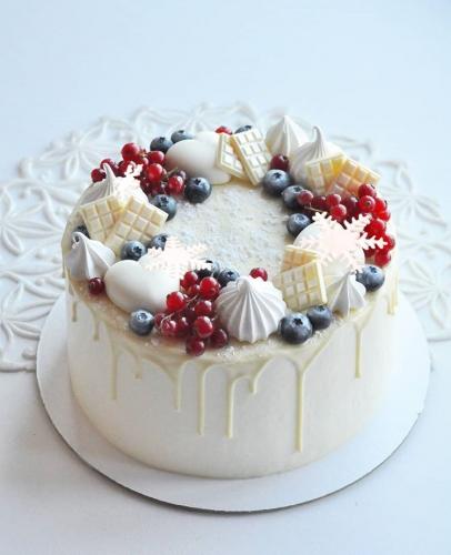 09-tort-na-novyj-god