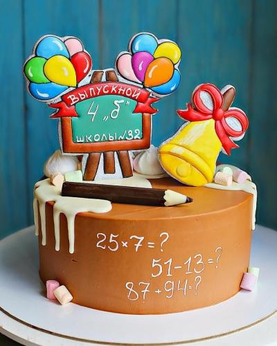 09-tort-na-vypusknoj-shokoladnyj