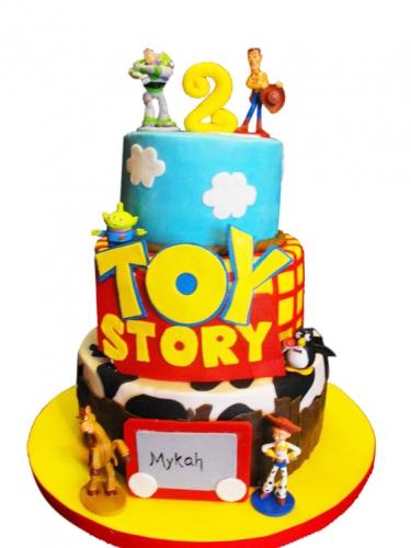 10-detskiy-tort-na-2-goda-devochke