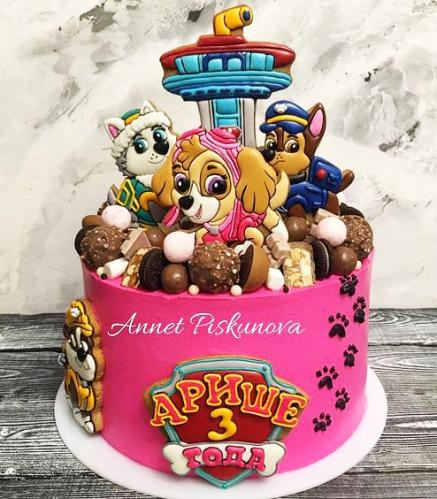 10-detskiy-tort-na-3-goda-devochke