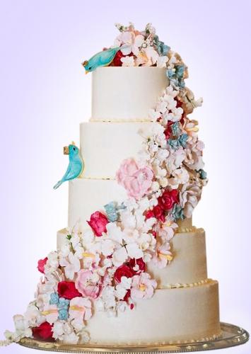 10-svadebnyj-tort-trekhyarusnyj