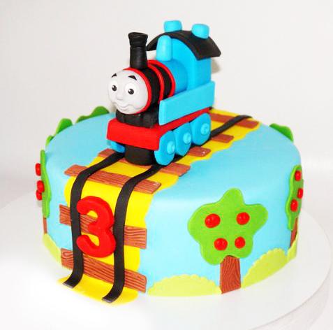 11-detskiy-tort-na-3-goda-malchiku