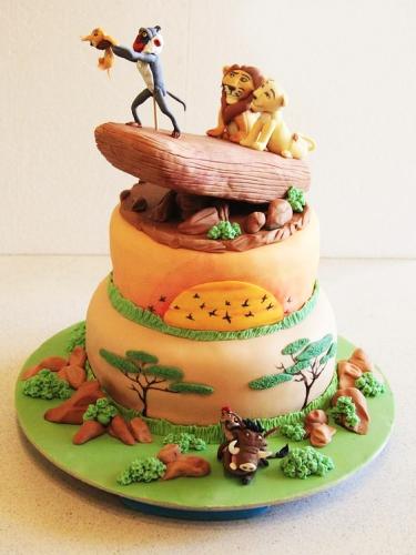 13-detskiy-tort-na-7-let-malchiku