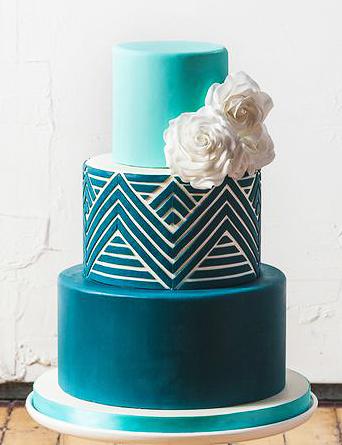 13-raznocvetnyj-svadebnyj-tort