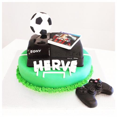 15-detskiy-tort-na-12-let-malchiku-futbol