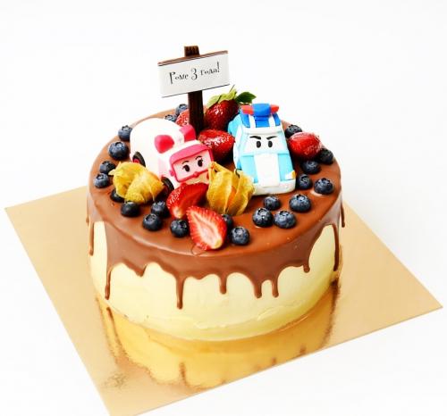 15-detskiy-tort-na-3-goda-malchiku