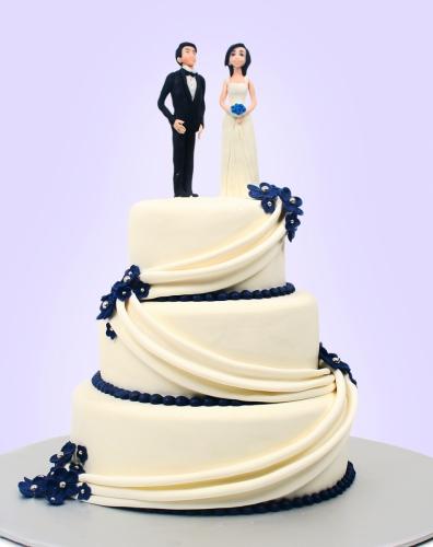 17-belyj-svadebnyj-tort
