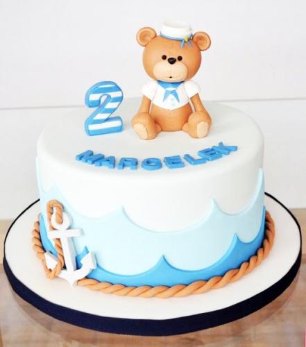19-detskiy-tort-na-2-goda-malchiku