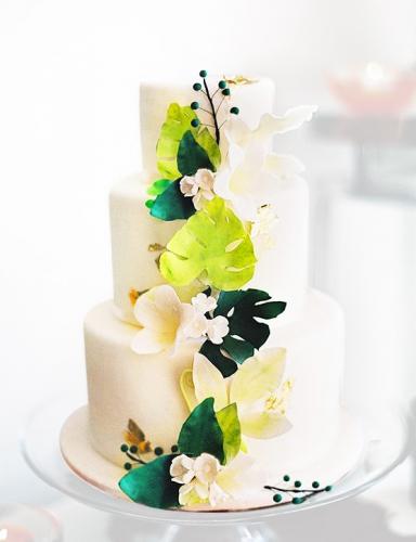 19-svadebnyj-tort-s-cvetami