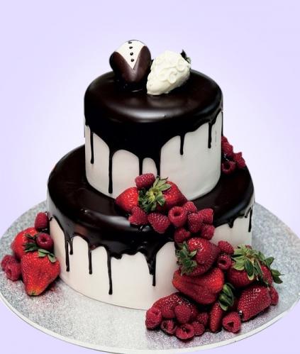 20-tort-na-svadbu-s-yagodami