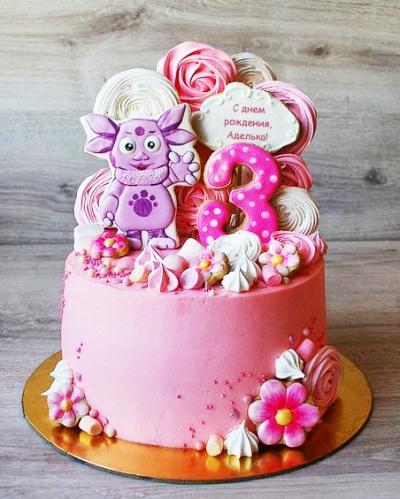 22-detskiy-tort-na-3-goda-devochke