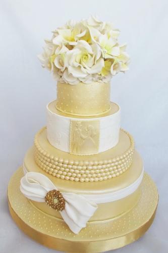 22-svadebnyj-tort-na-zakaz