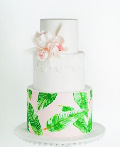 27-svadebnyj-tort-s-cvetami