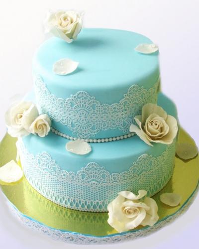 28-svadebnyj-tort-s-kruzhevami