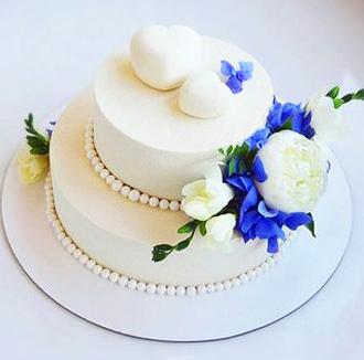 31-svadebnyj- tort-bez-mastiki-dvuhyarusnyj